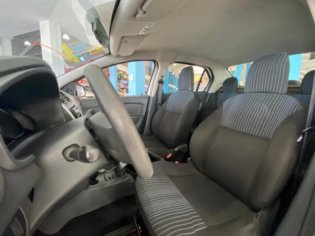 Imagem do veículo Renault Logan Authentique 1.0 16v
