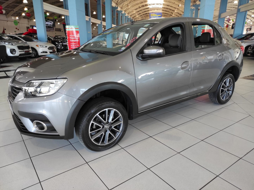 Renault Logan Iconic