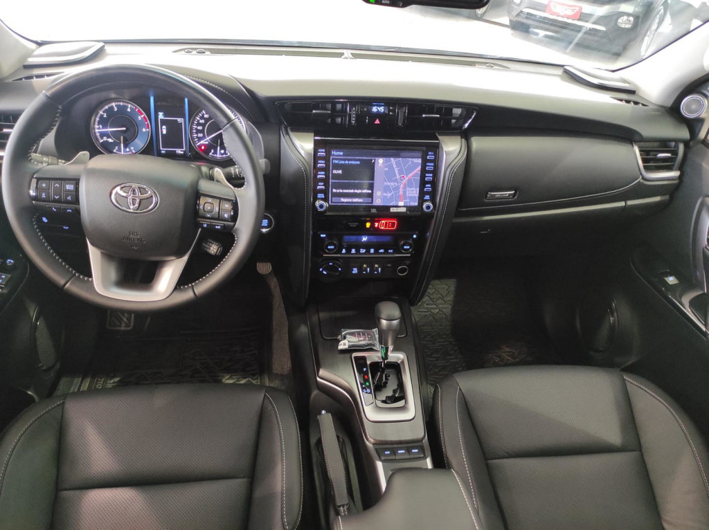 Imagem do veículo Toyota Hilux Cd Dsl 4x4 Srx At