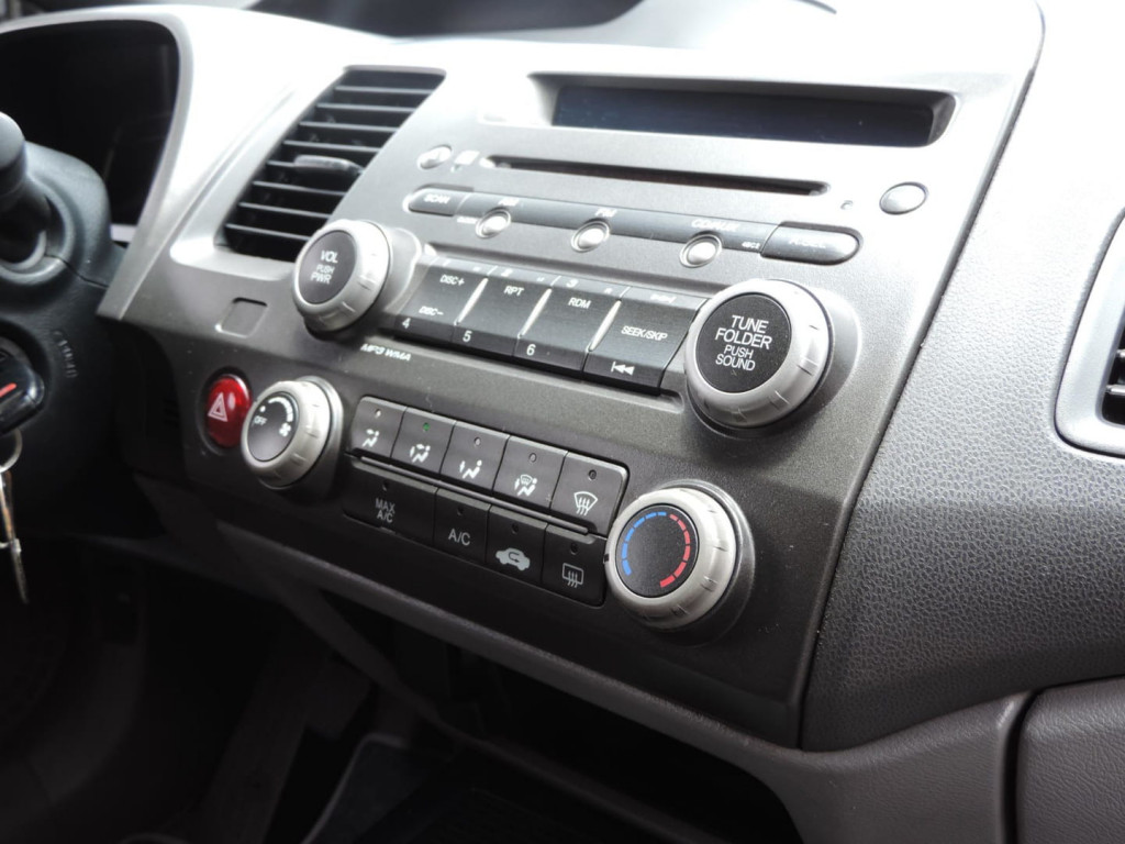 Imagem do veículo Honda Civic 1.8 Lxs 16v Flex 4p Manual