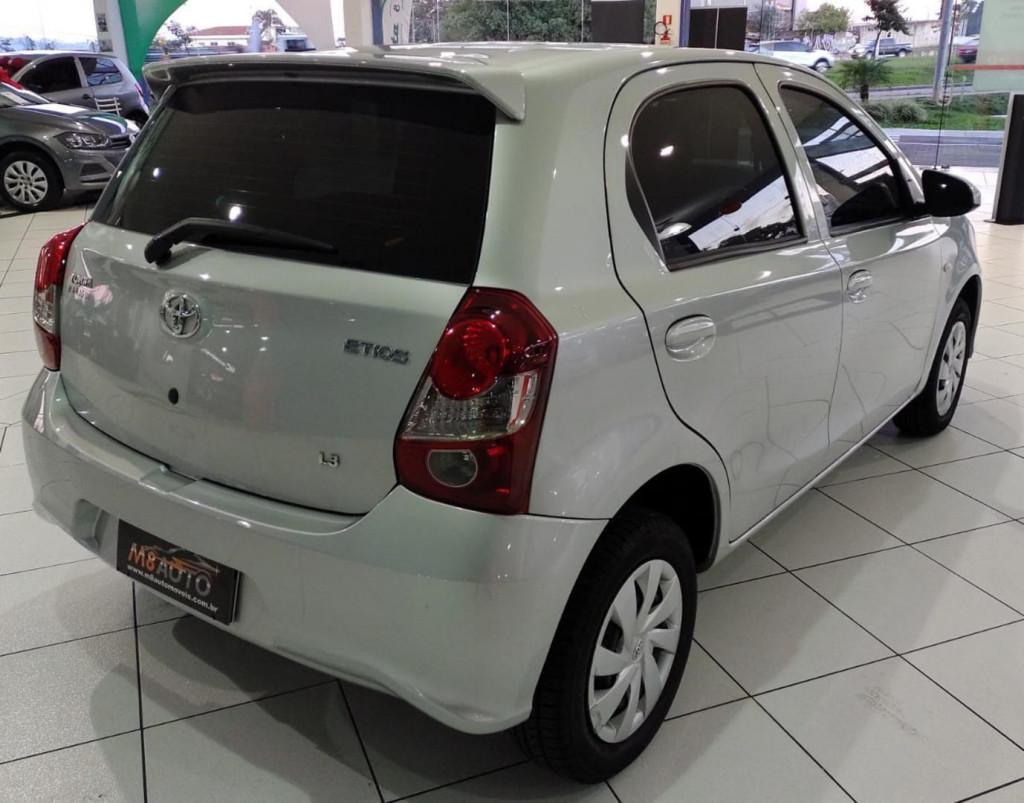 Imagem do veículo Toyota Etios Hb X