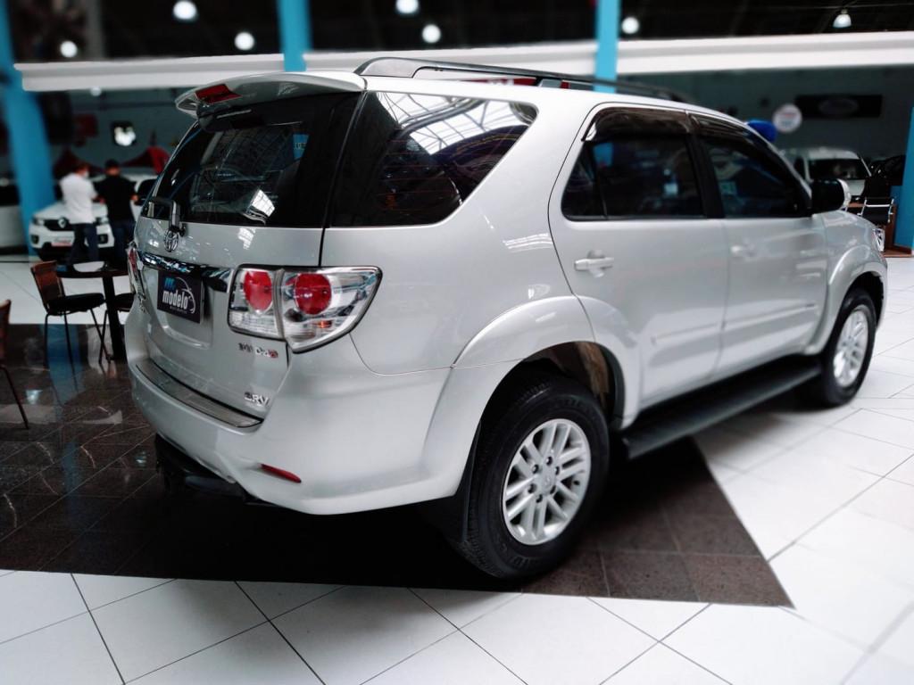 Imagem do veículo Toyota Hiluxsw4 Srv4x4