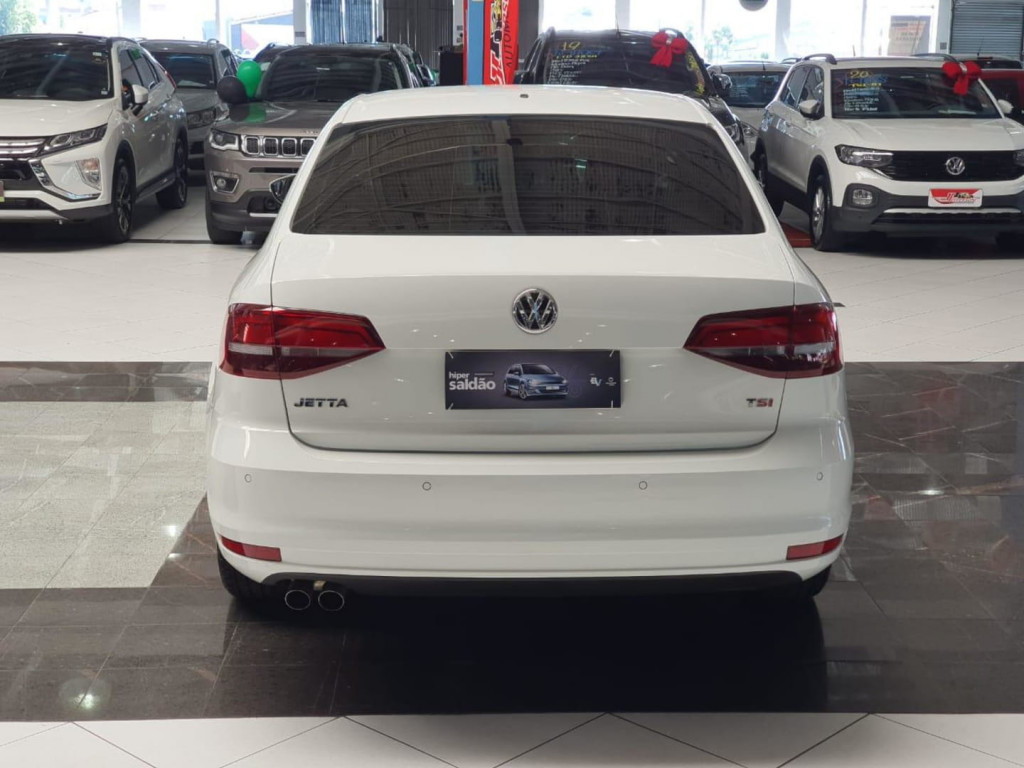 Imagem do veículo Volkswagen Jetta Tl Mf