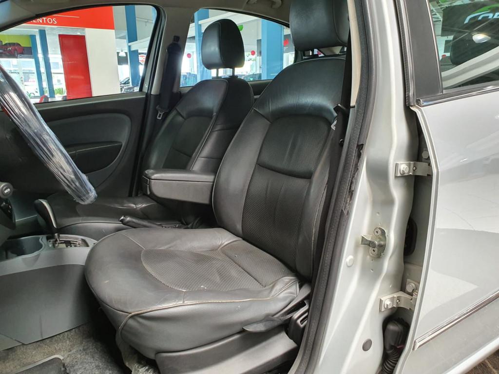 Imagem do veículo Fiat Linea Absol. 1.8 Dl