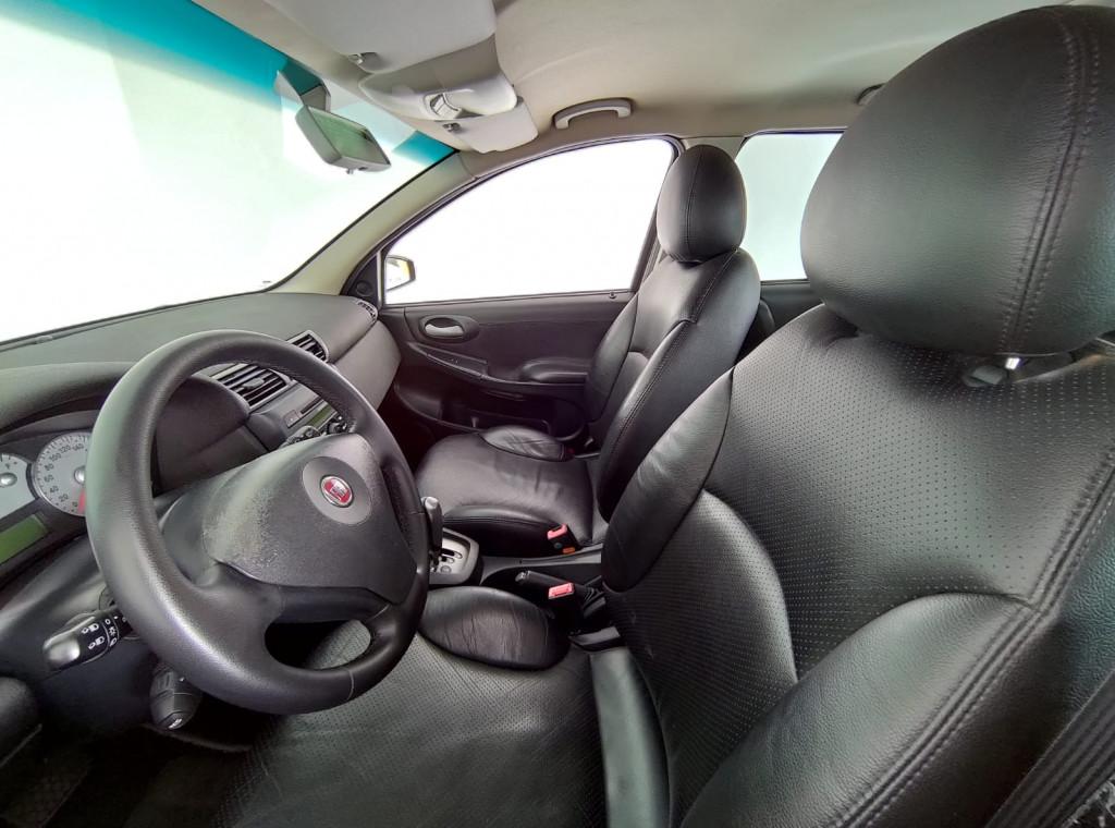 Imagem do veículo FIAT STILO 1.8 MPI 8V FLEX 4P AUTOMATIZADO