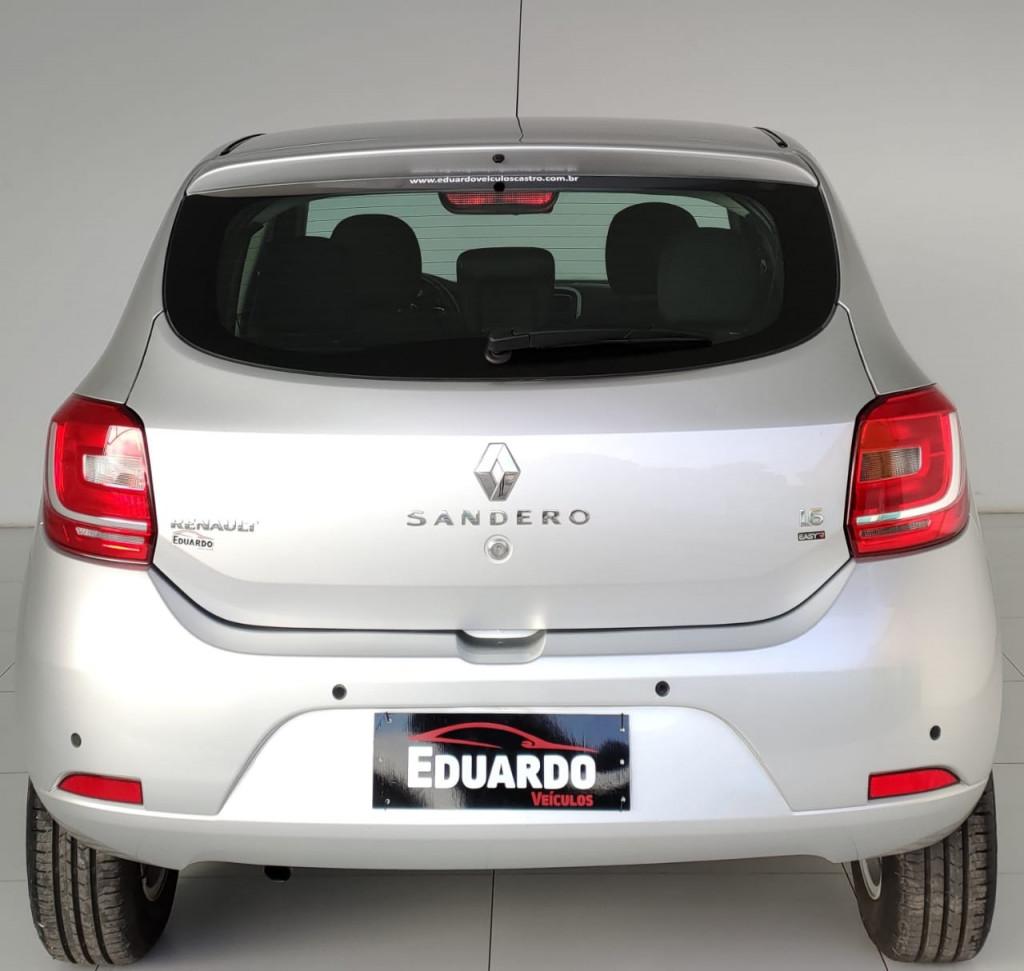 Imagem do veículo RENAULT SANDERO 1.6 DYNAMIQUE 8V FLEX 4P AUTOMATIZADO
