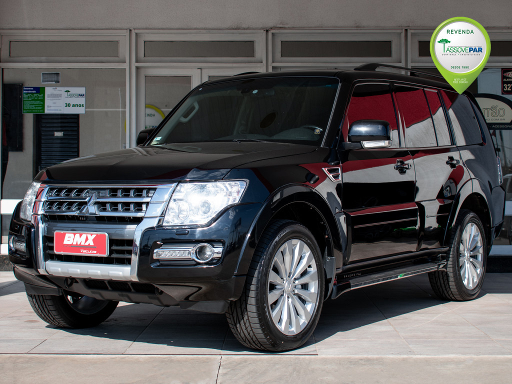 Imagem do veículo MITSUBISHI PAJERO FULL 3.2 HPE 4X4 7 LUGARES 16V TURBO INTERCOOLER DIESEL 4P AUTOMÁTICO