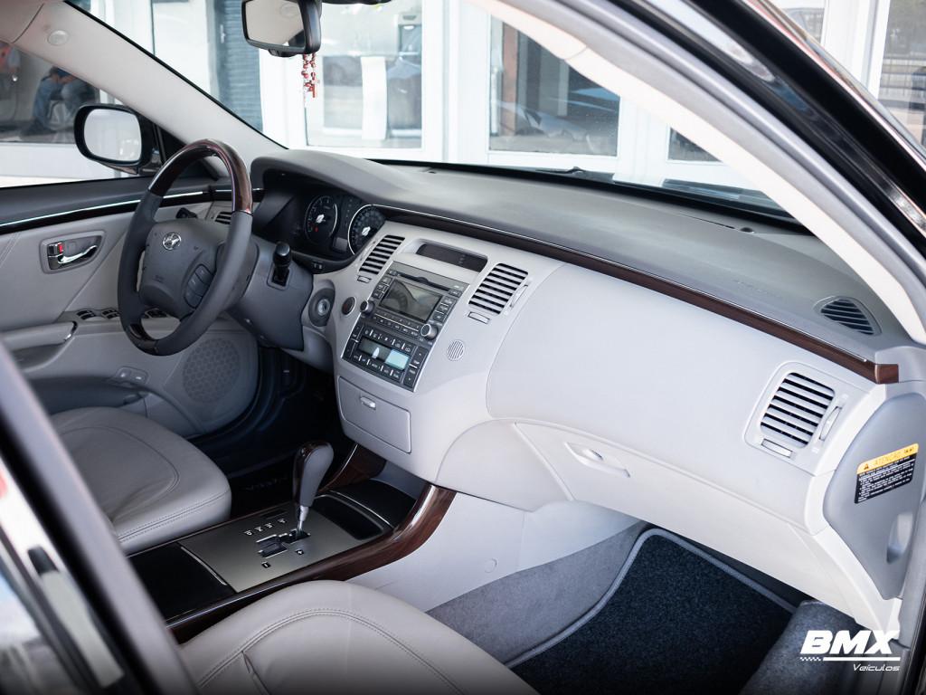 Imagem do veículo HYUNDAI AZERA 3.3 MPFI GLS SEDAN V6 24V GASOLINA 4P AUTOMÁTICO