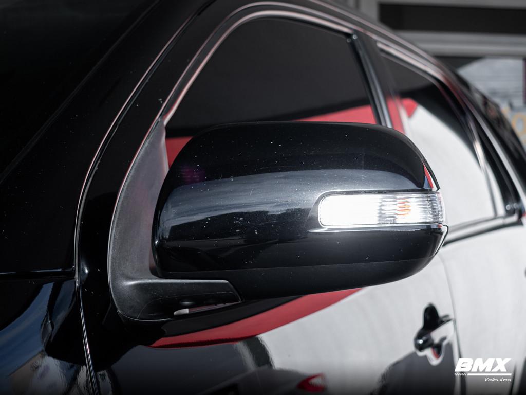 Imagem do veículo TOYOTA HILUX SW4 3.0 SRV 4X4 7 LUGARES 16V TURBO INTERCOOLER DIESEL 4P AUTOMÁTICO