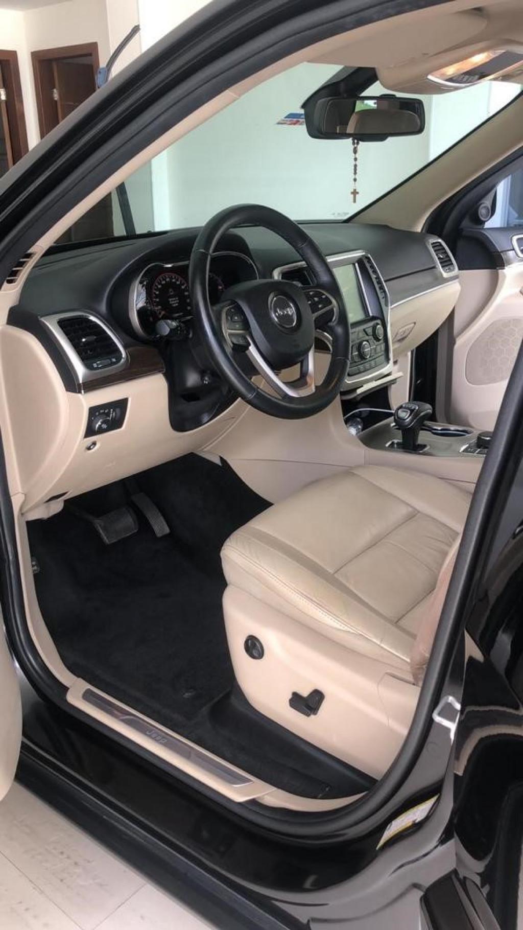 Imagem do veículo JEEP GRAND CHEROKEE 3.0  4X4 V6 24V TURBO DIESEL 4P AUTOMÁTICO