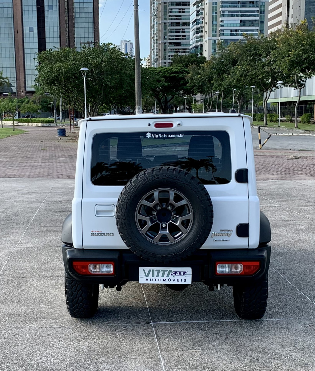 Imagem do veículo SUZUKI JIMNY 1.5 GASOLINA SIERRA 4STYLE 4X4  AUTOMÁTICO