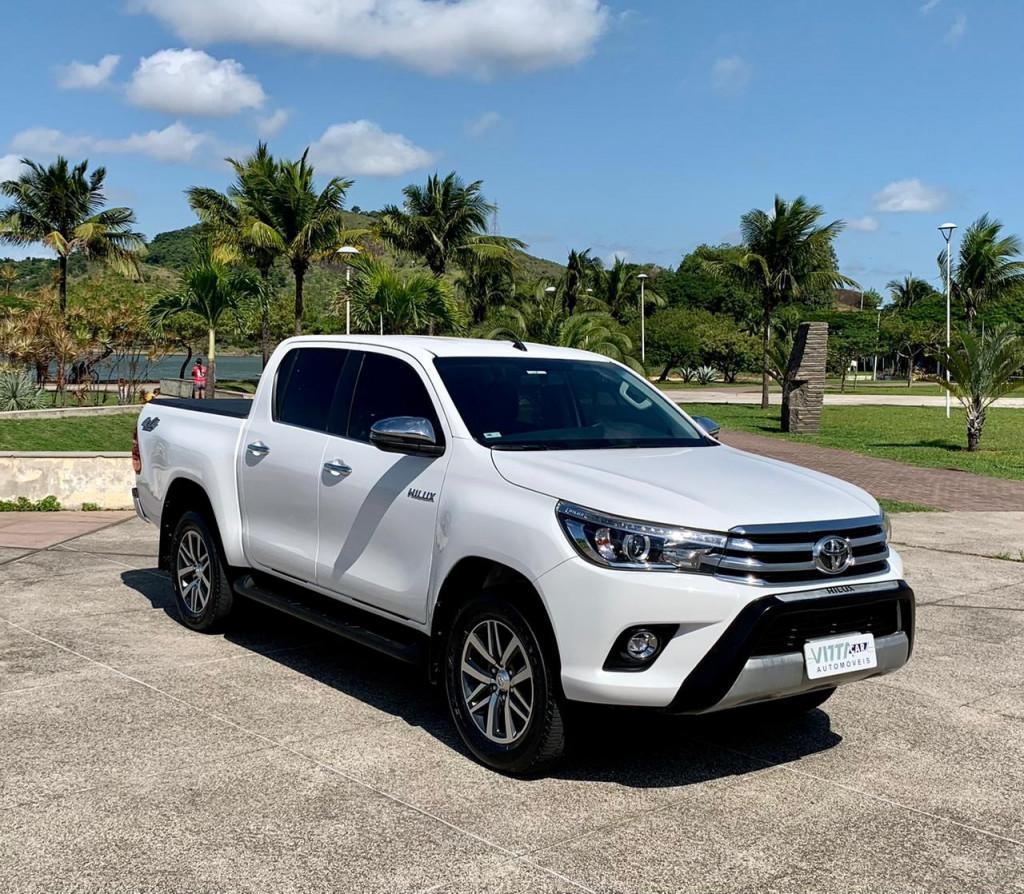 TOYOTA Hilux  2.8 Srx 4x4 Cd 16V Diesel 4p Aut.
