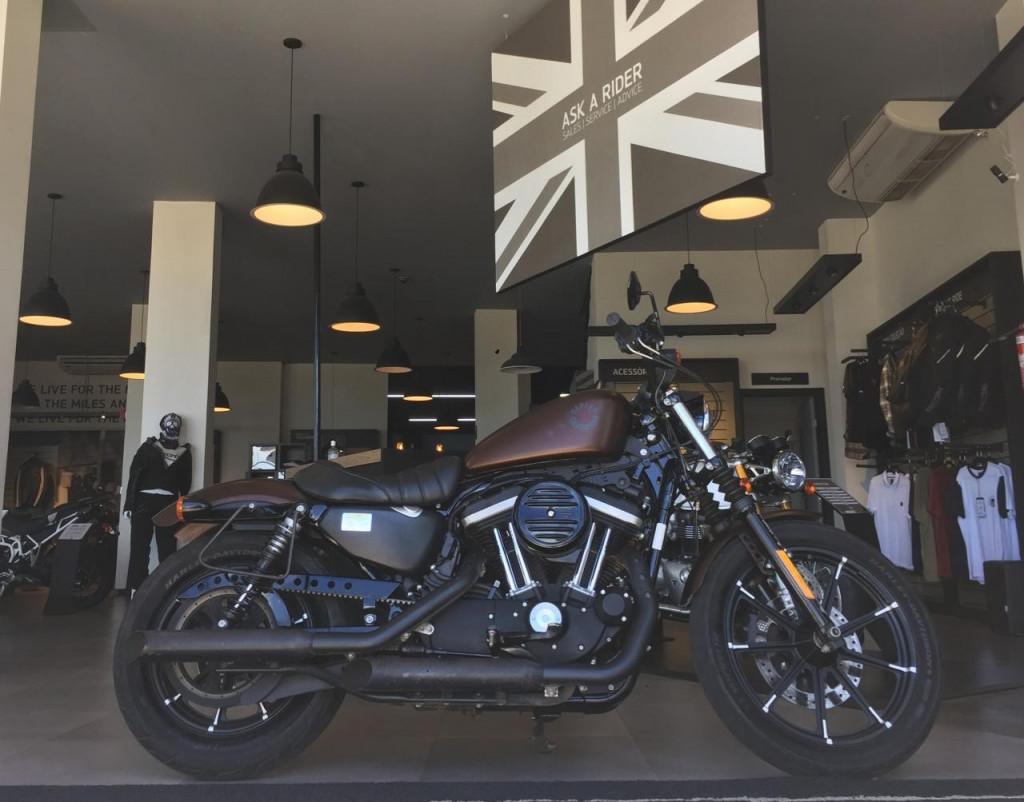 Imagem do veículo Harley Davidson XL 883N IRON