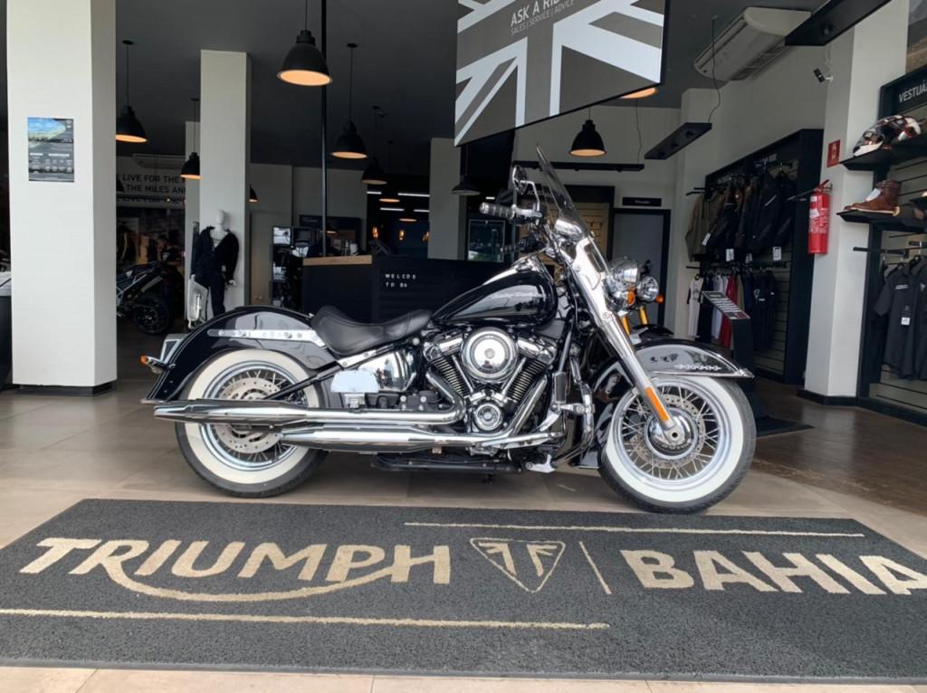 Harley Davidson SOFTAIL DELUXE FLDE 1750cc.