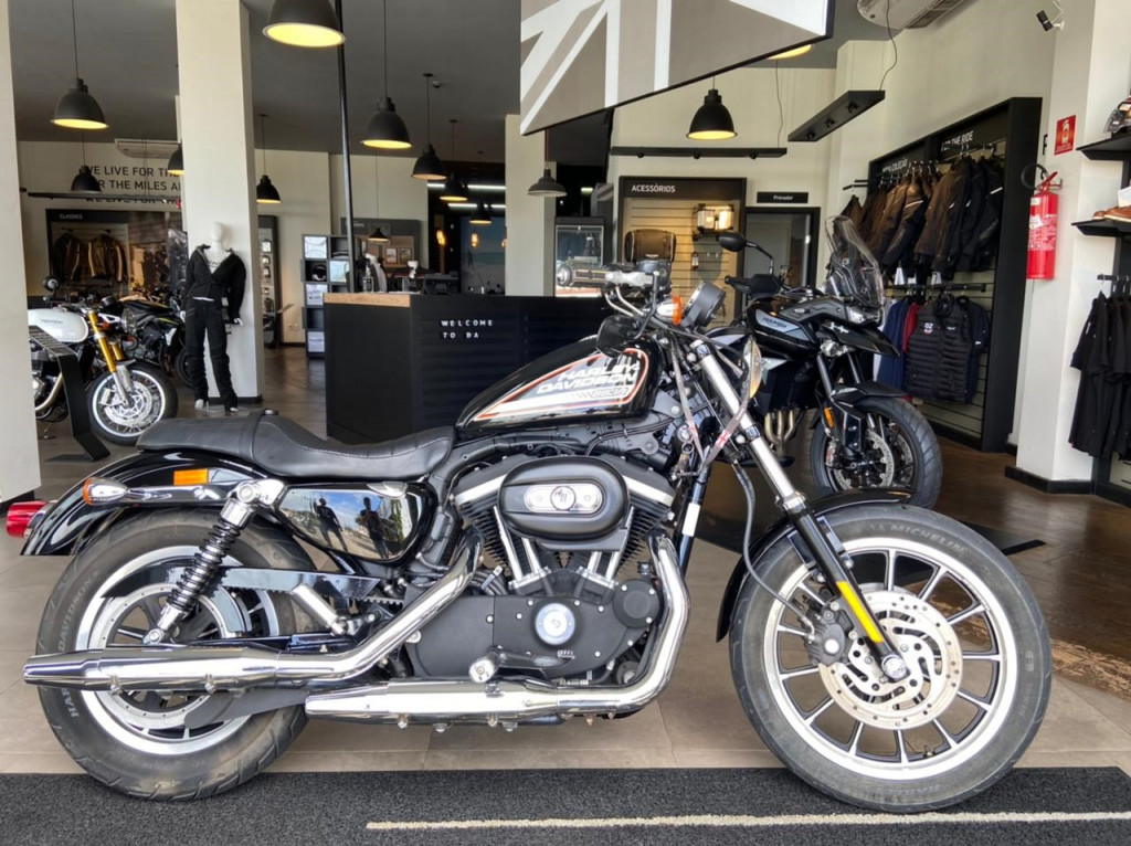 Imagem do veículo Harley Davidson XL 883 R