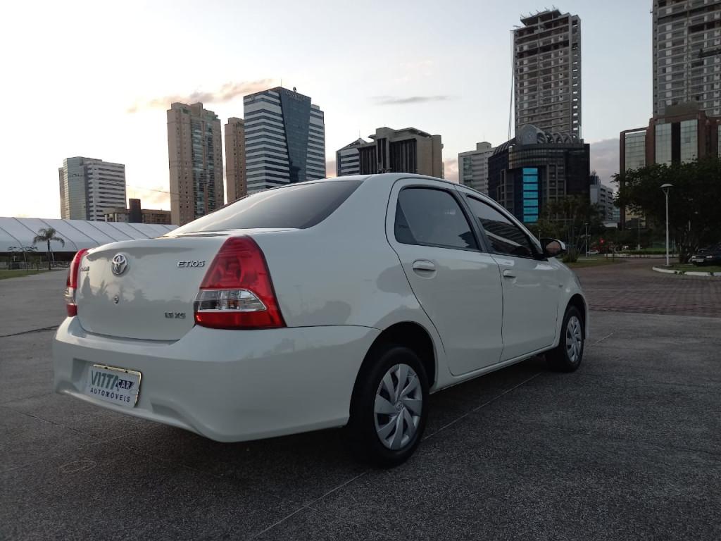 Imagem do veículo TOYOTA ETIOS 1.5 XS SEDAN 16V FLEX 4P AUTOMÁTICO