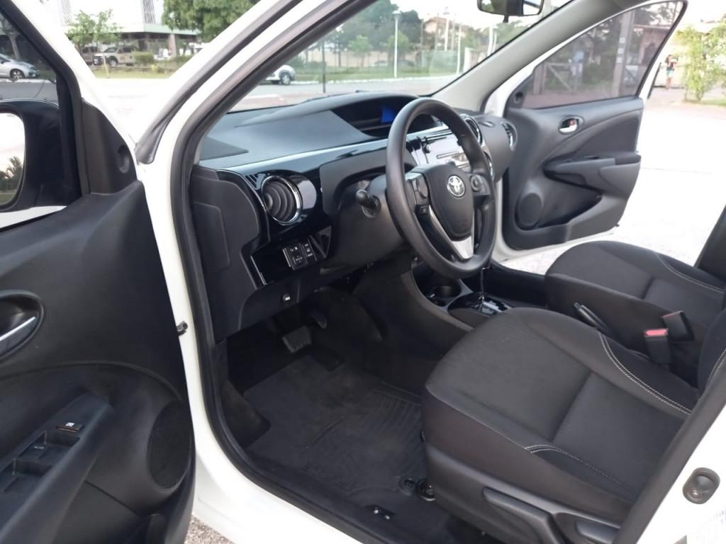 Imagem do veículo TOYOTA ETIOS 1.5 XS 16V FLEX 4P AUTOMÁTICO