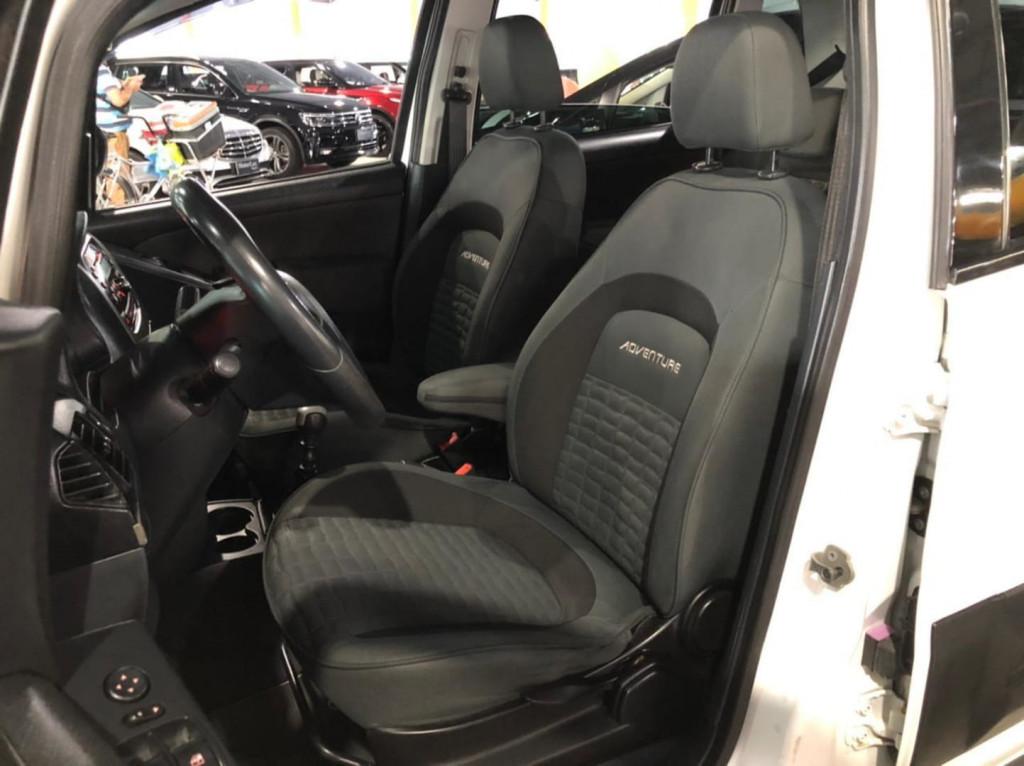 Imagem do veículo Fiat Idea Adventure Locker 1.8 2013