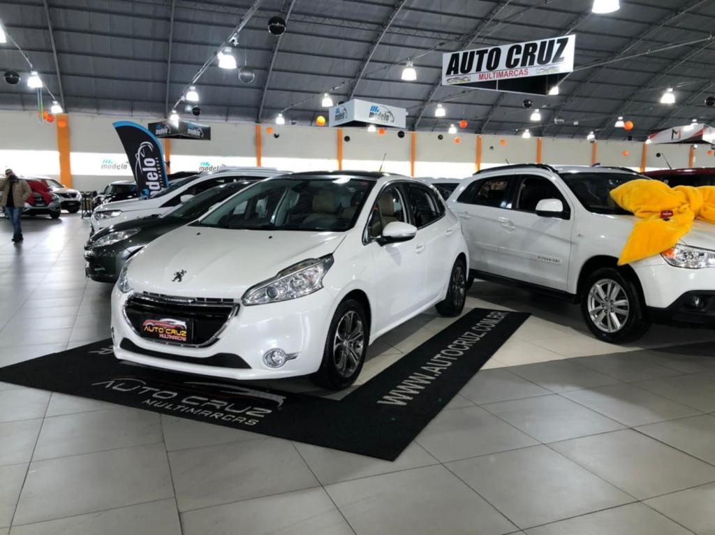 Peugeot 208 Griffe 1.6 2014