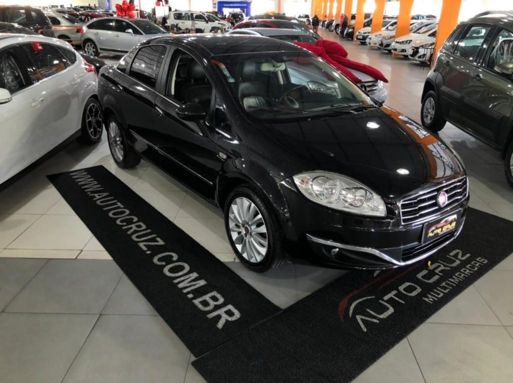 Imagem do veículo Fiat Linea Absolute 1.8 Dualogic 2015