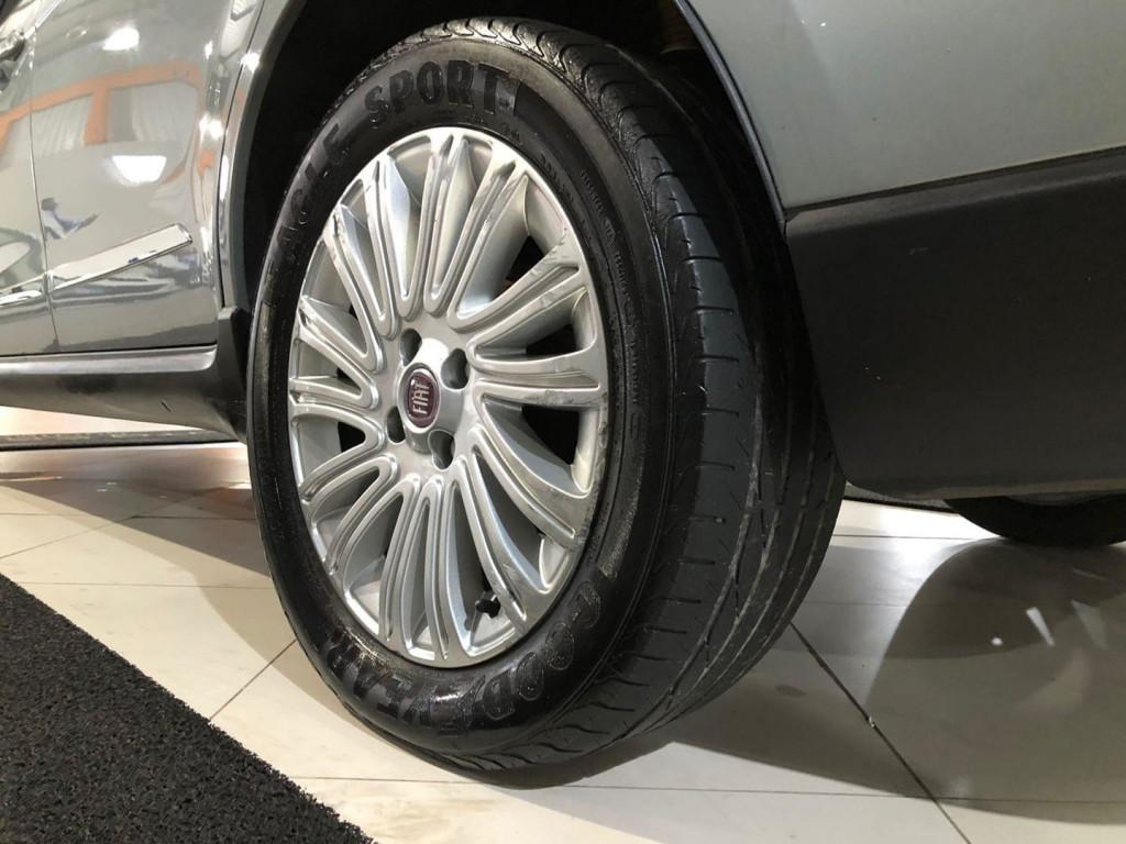 Imagem do veículo Fiat Siena Essence 1.6 2013