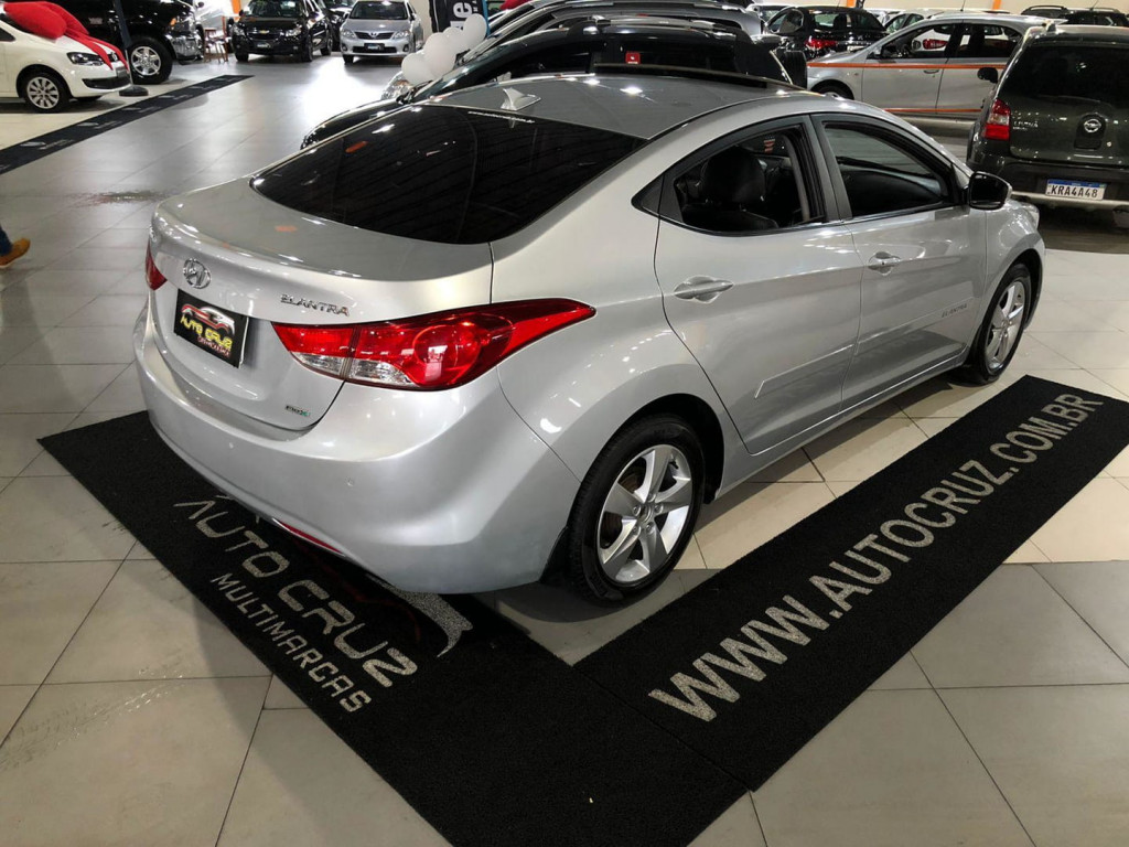 Imagem do veículo Hyundai Elantra Gls 2.0 2013