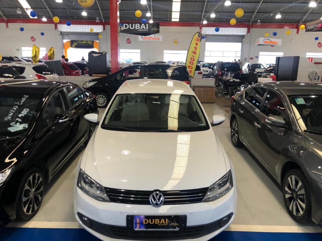 Imagem do veículo Volkswagen Jetta 2.0