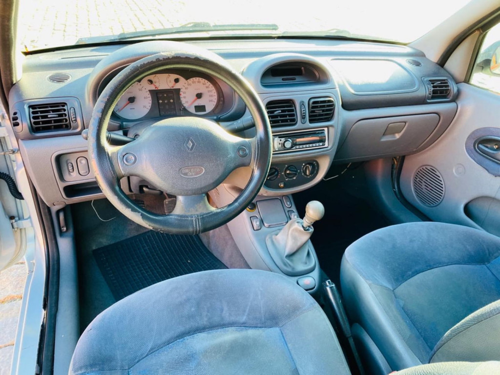 Imagem do veículo Renault Clio 1.6 Rt