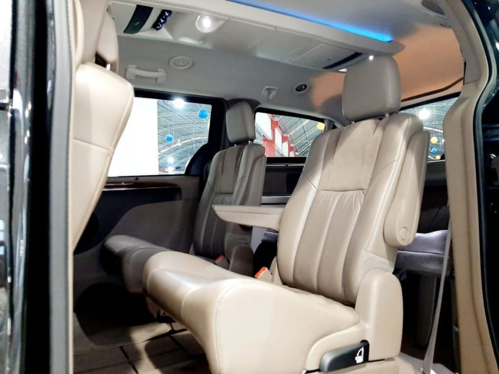 Imagem do veículo Chrysler Town Country