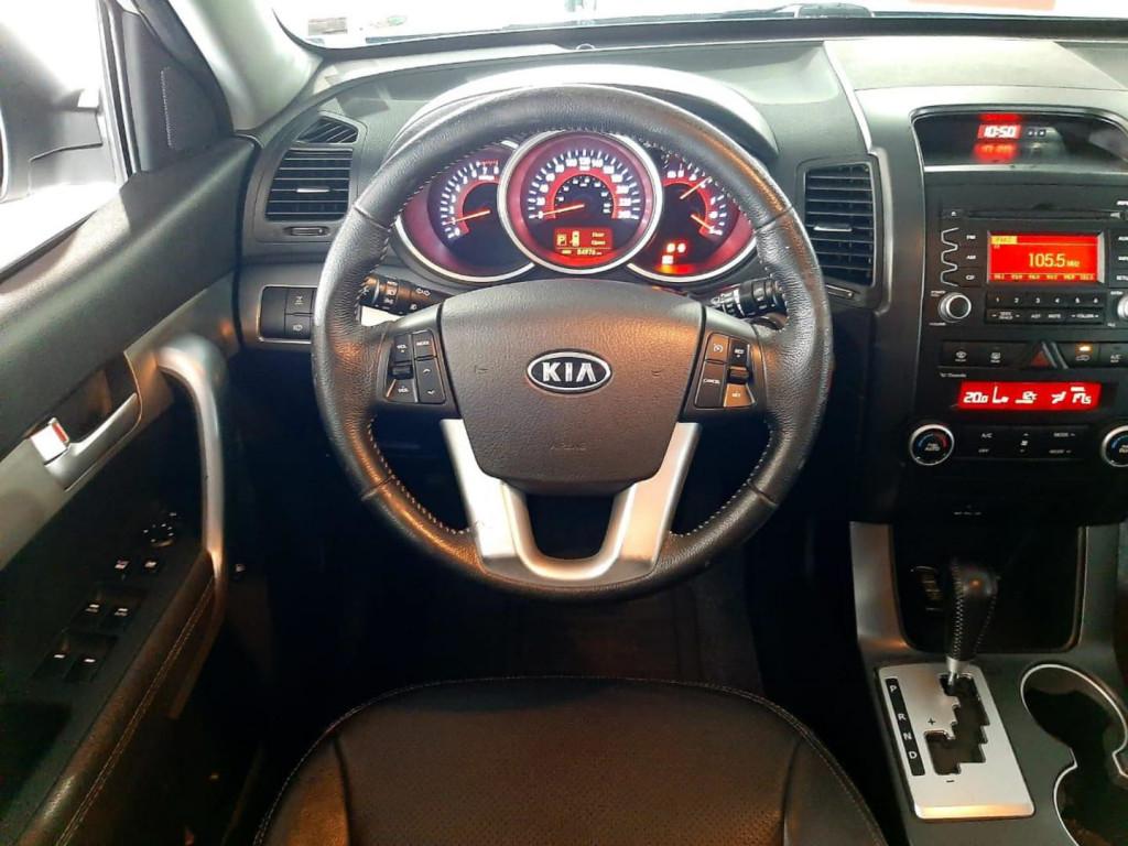 Imagem do veículo Kia Sorento Ex2 3.5g17 2012 7lugares