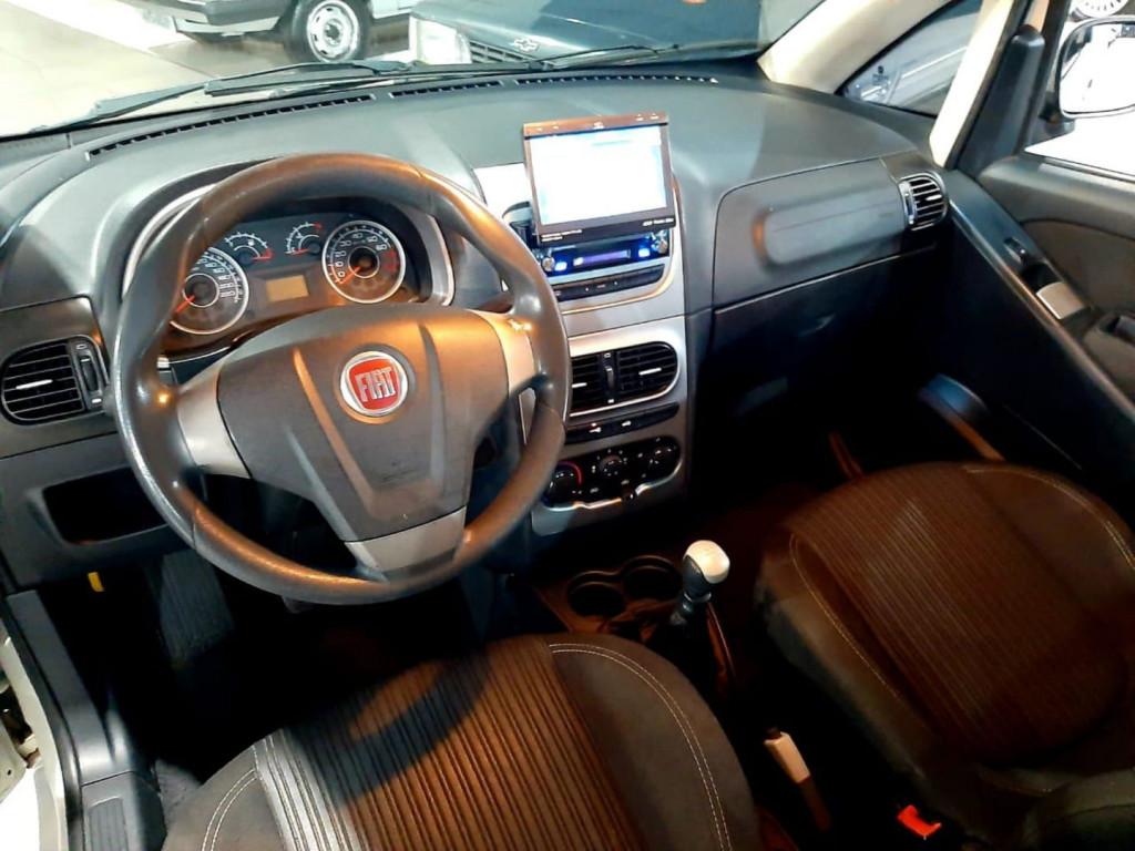 Imagem do veículo Fiat Idea Essence 1.6 2014
