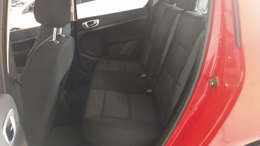 Imagem do veículo Peugeot 307 Presence 1.6 16v