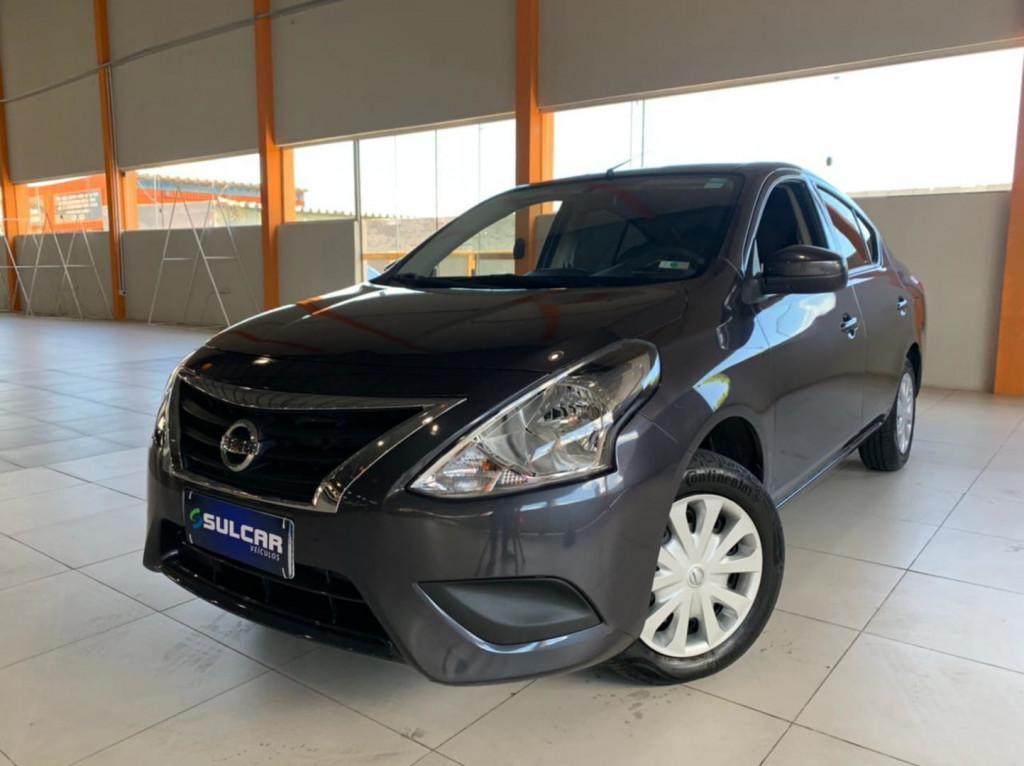 Nissan Versa 1.6 S Flex