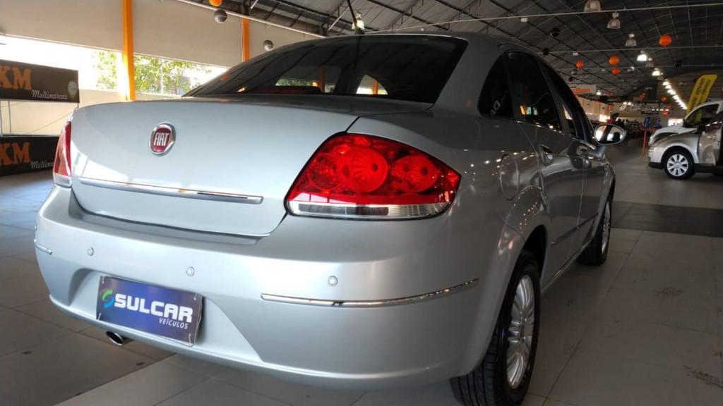 Imagem do veículo Fiat Linea Essence Dualogic 1.8 16v