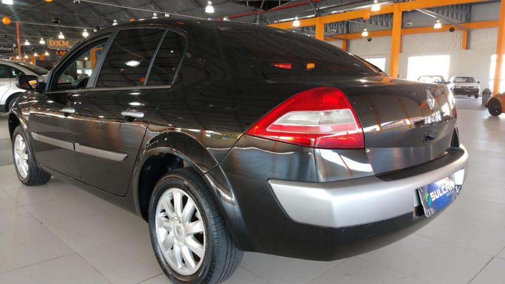 Imagem do veículo Renault Megane Sedan Dynamique 1.6 16v 4p