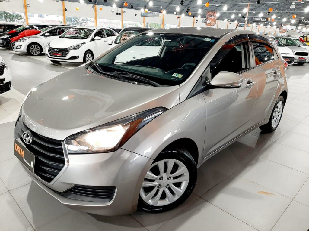 Hyundai Hyundahb20 1.6a Comf