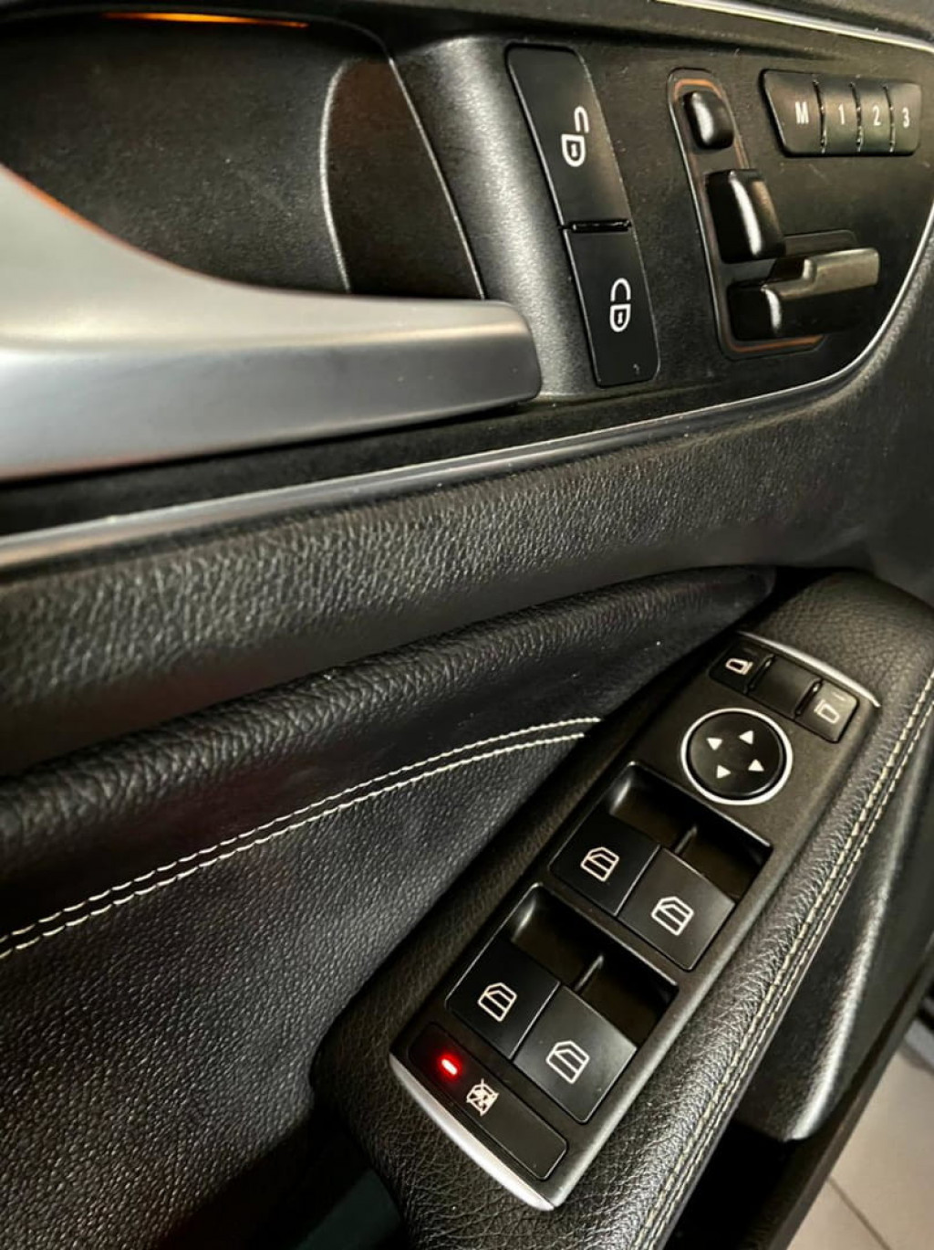 Imagem do veículo Mercedes Gla 250 Sport 2015