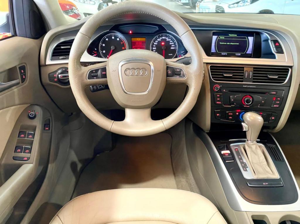 Imagem do veículo Audi A4 2.0 Tfsi 2012