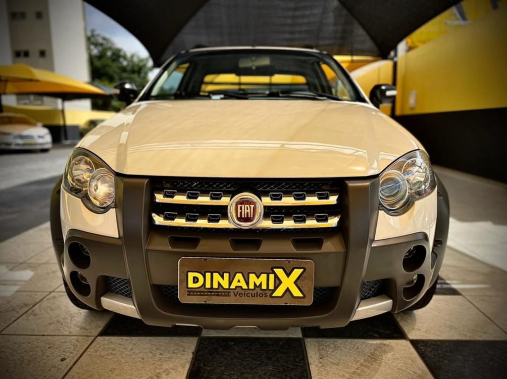 Fiat Strada Adventure 1.8 Cabine Estendida 2012