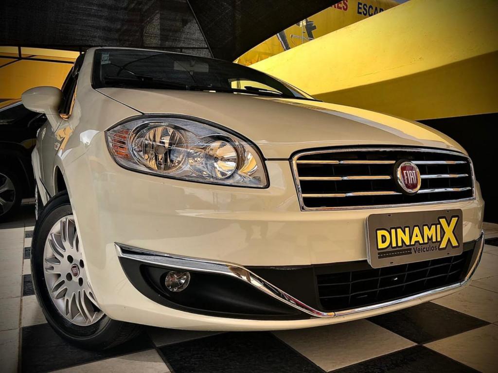 Fiat Linea Essence 1.8 2016