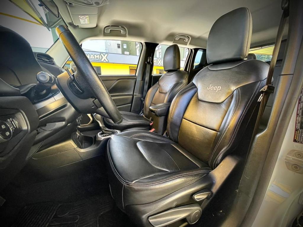 Imagem do veículo Jeep Renegade Longitude 1.8 2017