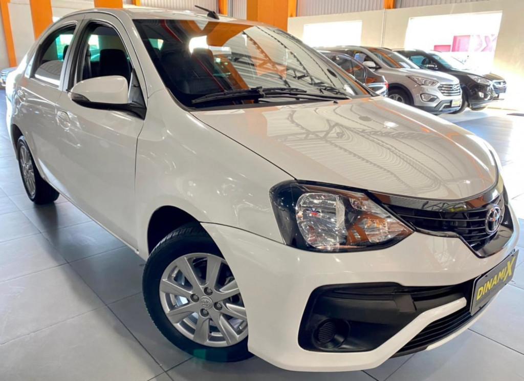 Toyota Etios Sedan Xplus 1.5 2020
