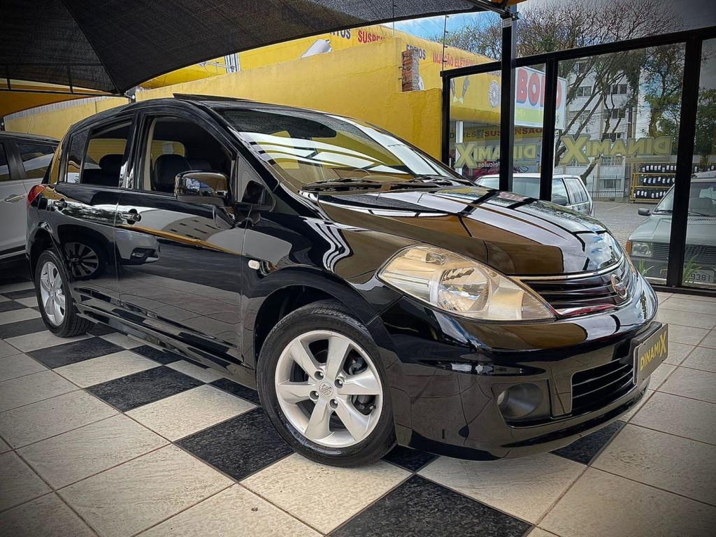 Nissan Tiida 1.8 2013