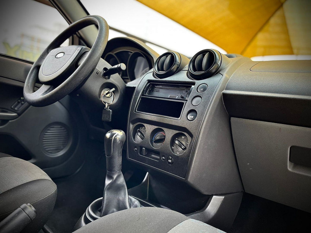 Imagem do veículo Ford Fiesta 1.0 2012 Completo!