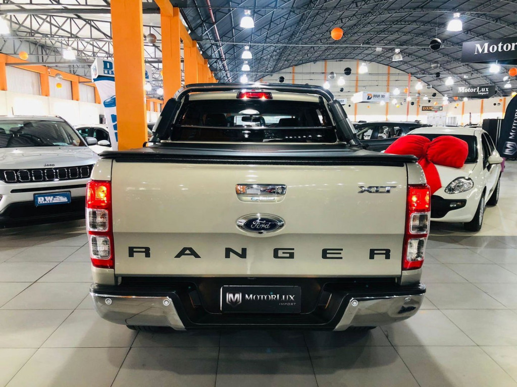 Imagem do veículo Ford Ranger 2.5 Xlt Limited 16v 4x2 Cd Flex 4p Manual
