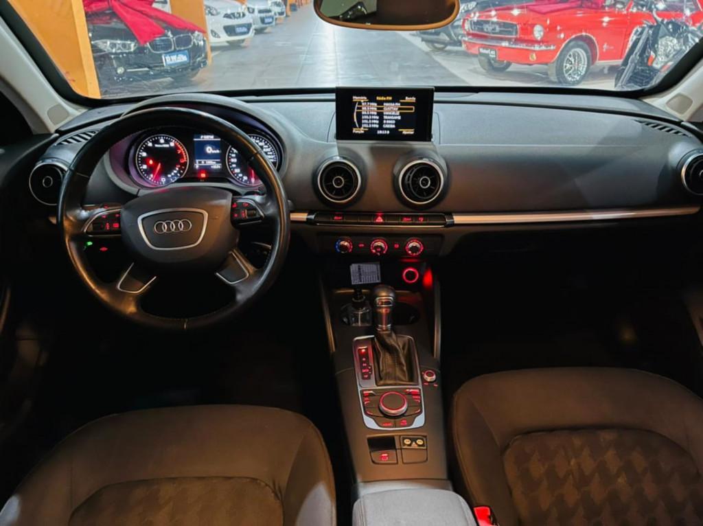 Imagem do veículo Audi A3 1.8 4p