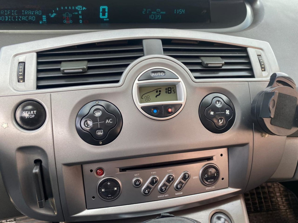Imagem do veículo Renault Grand Scenic 2.0 16v