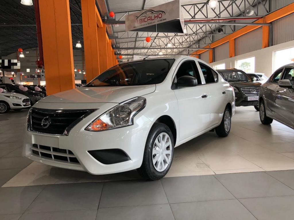 Imagem do veículo Nissan Versa 1.0