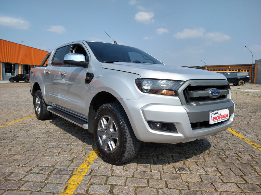 Imagem do veículo FORD RANGER 2.2 xls 4x4 cd 16v diesel 4p manual