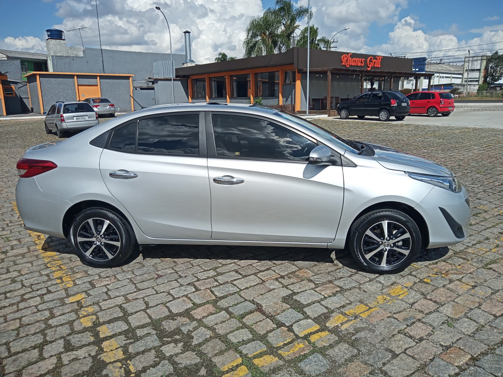 Imagem do veículo TOYOTA YARIS 1.5 16V FLEX SEDAN XLS CONNECT MULTIDRIVE